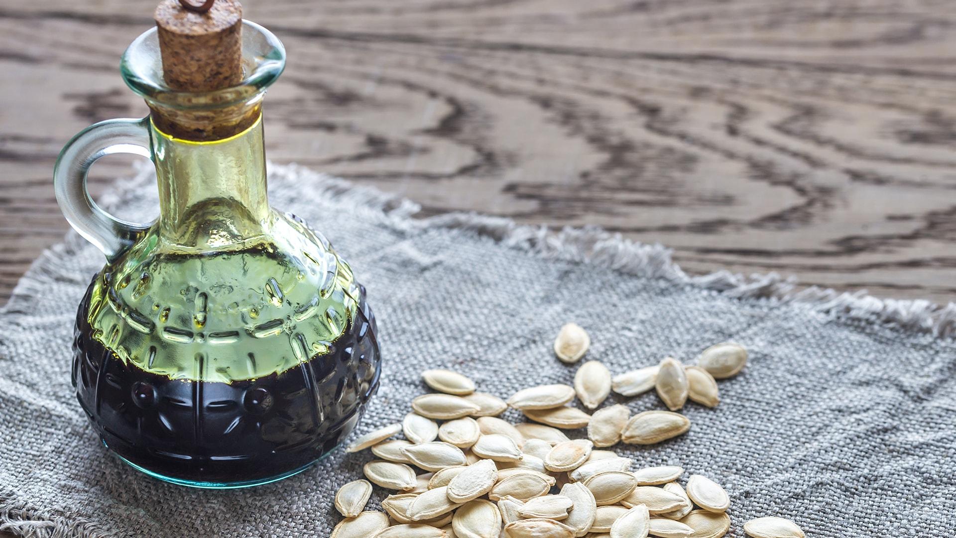 Šaltai spaustas moliūgų sėklų aliejus   Aliejaus Presai