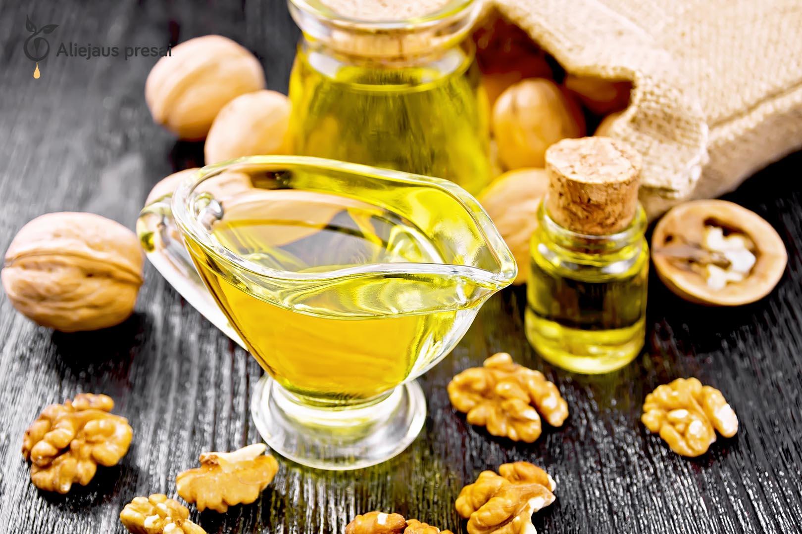 Šalto spaudimo graikinių riešutų aliejus